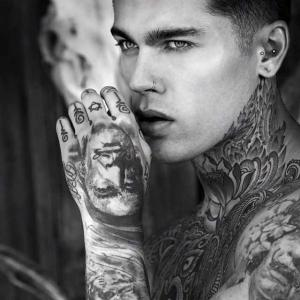 Тату-модель Stephen James тату | Лондон Великобритания | iNKPPL Tattoo Magazine