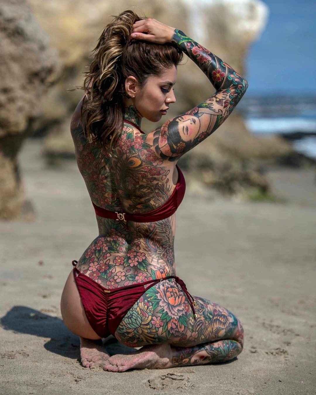 Tattooed Model Rae Papa-5701