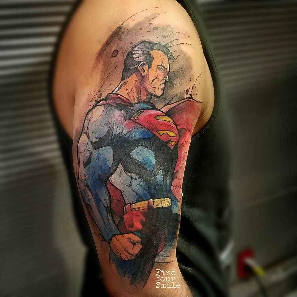 Тату супермена на руке