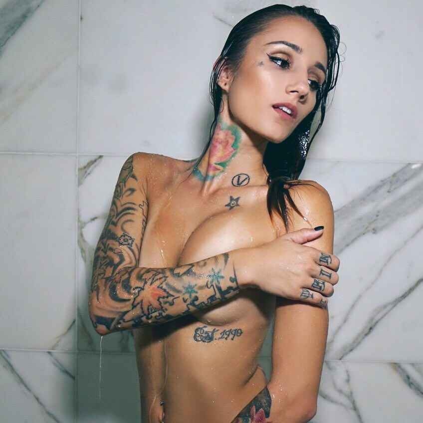 Tattoo Model Brin Amberlee Usa Pervmom 1