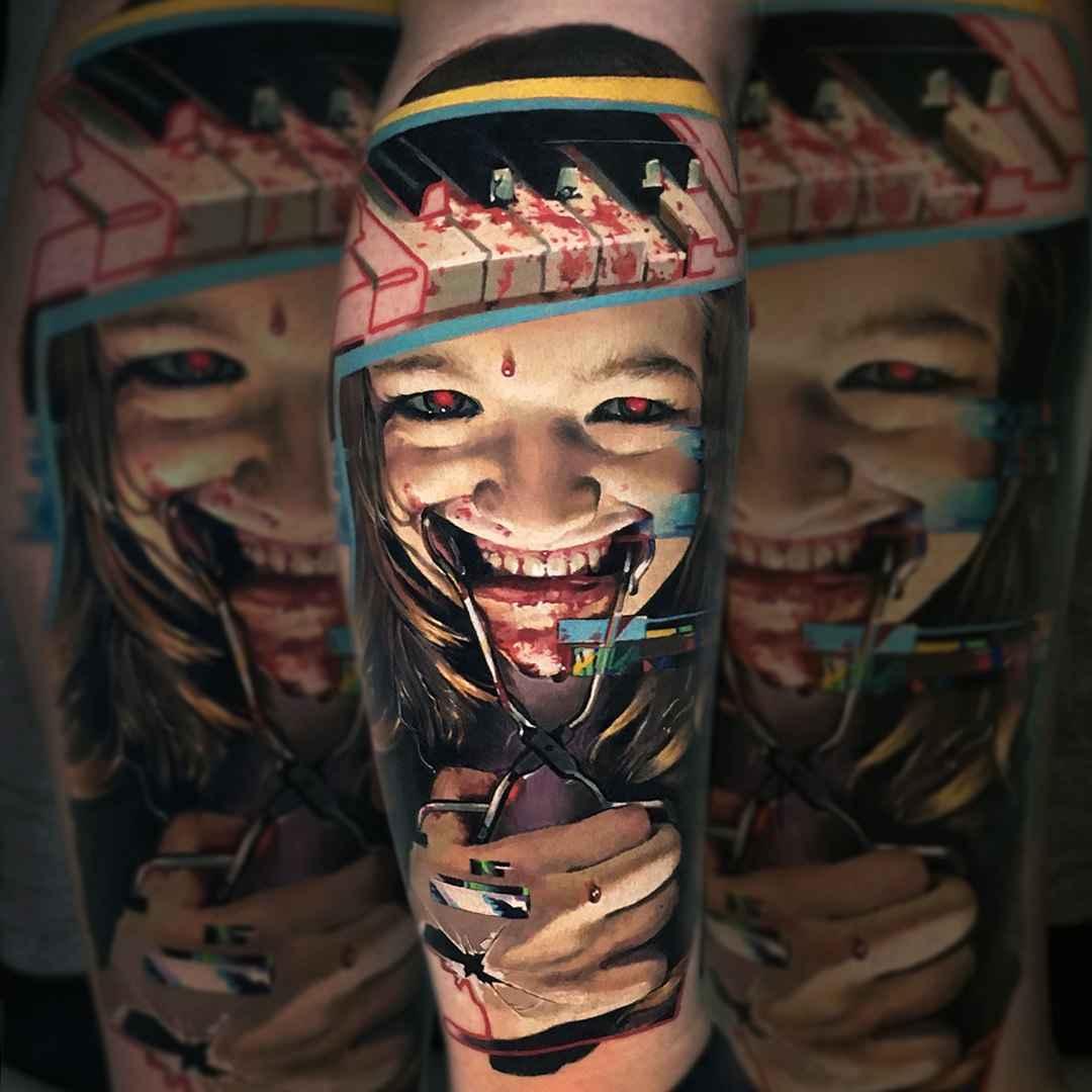 Tattoo artist valentina ryabova sand russia for Best realistic tattoo artists