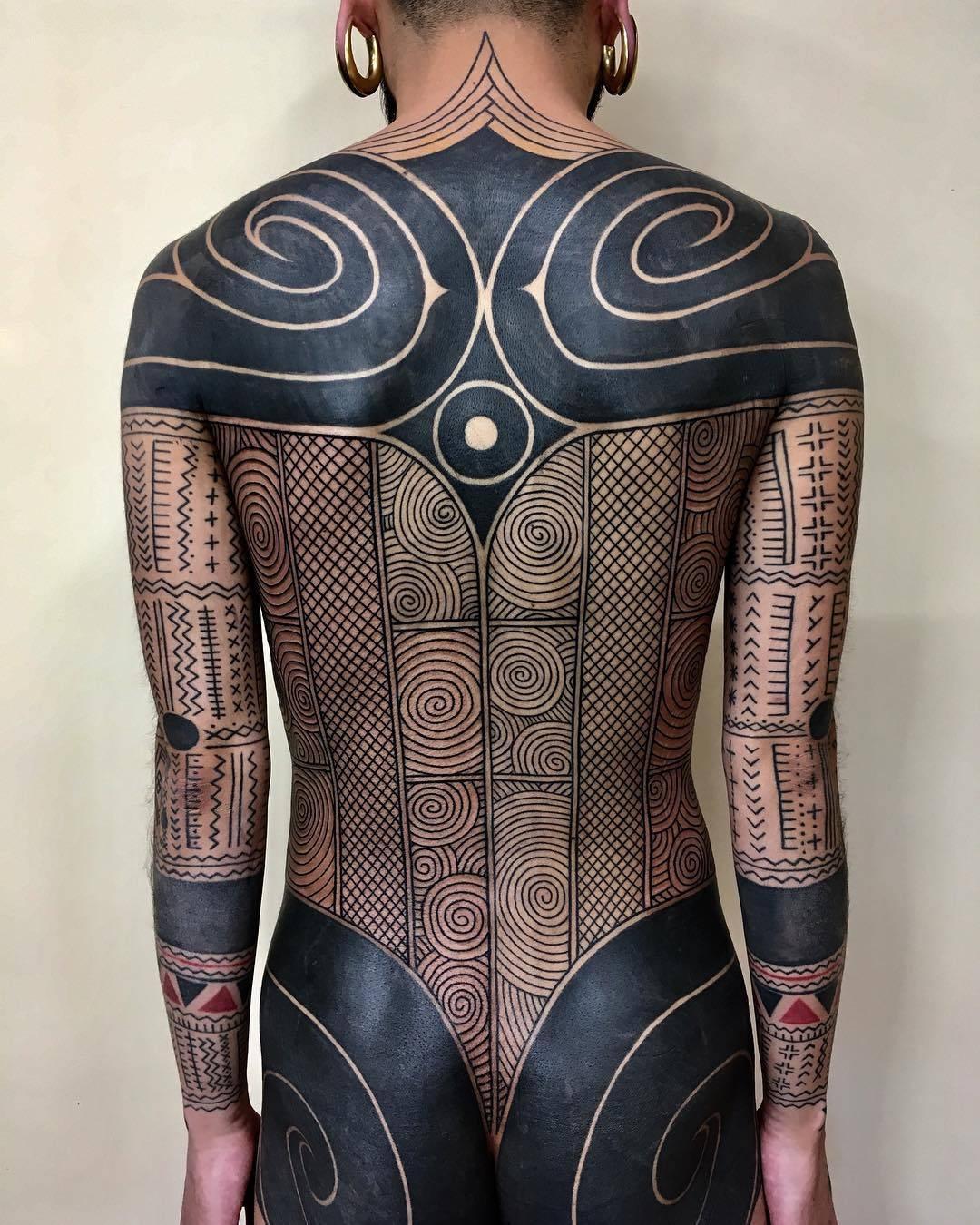 952910ef0 Taku Oshima's tribal tattoo