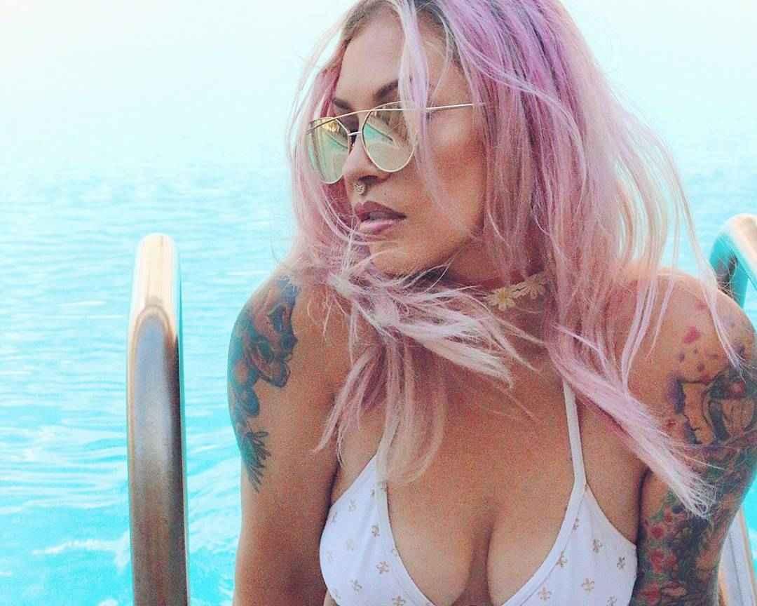 Roxy Lee