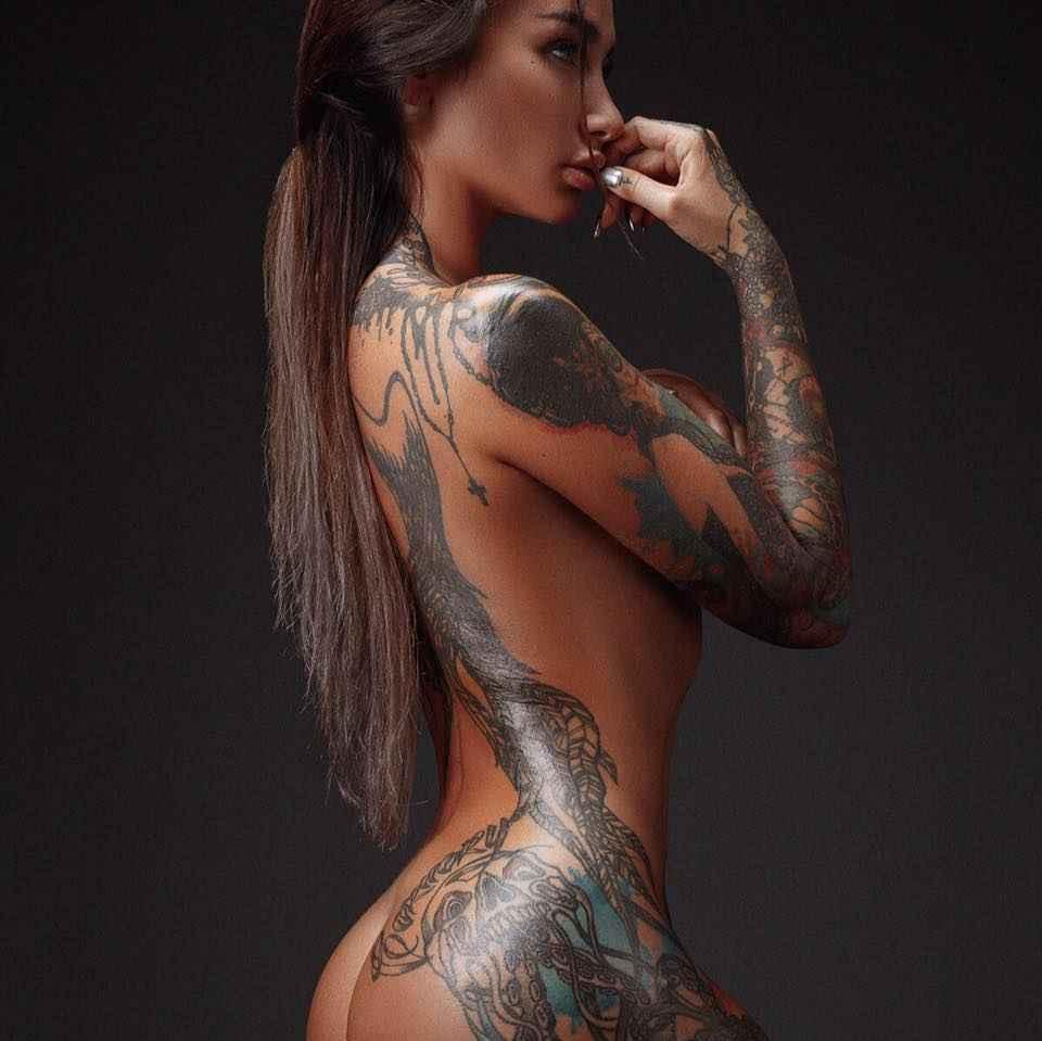Sexy tattooed girl nude
