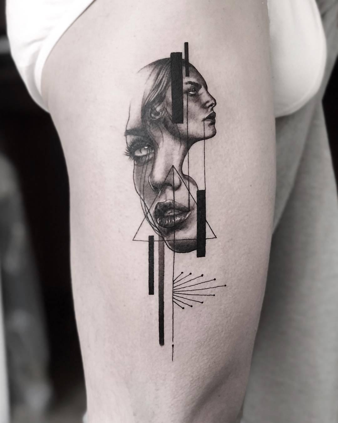 Тату мастер Victor del Fueyo de la Torre, сюрреалистическая татуировка
