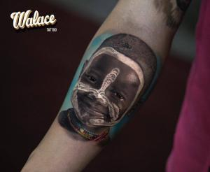 Tattoo artist Walace Sales