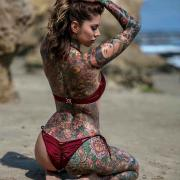 Tattooed model Rae Papa