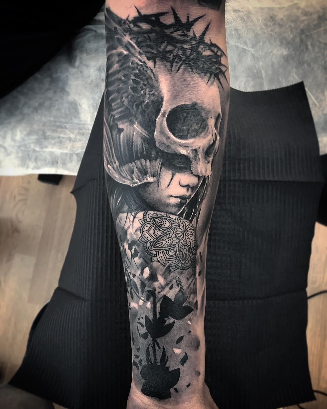 Ezequiel Samuraii S Black And Grey Realistic Tattoo