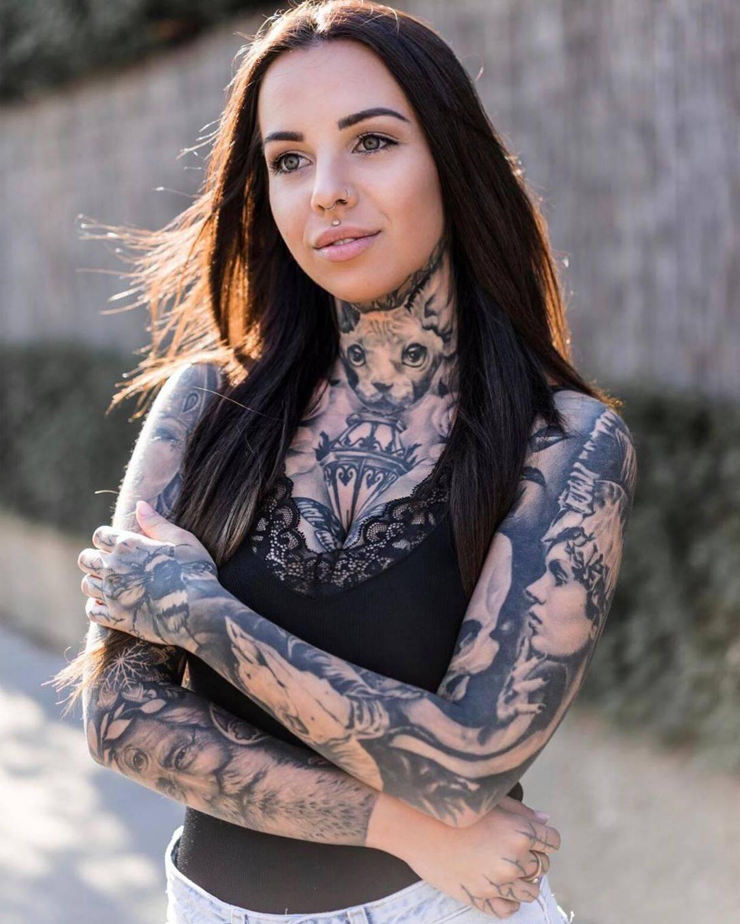 Tattoo Model Girl