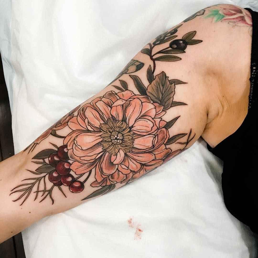 neo traditional tattoo by sophia baughan inkppl tattoo magazine international. Black Bedroom Furniture Sets. Home Design Ideas