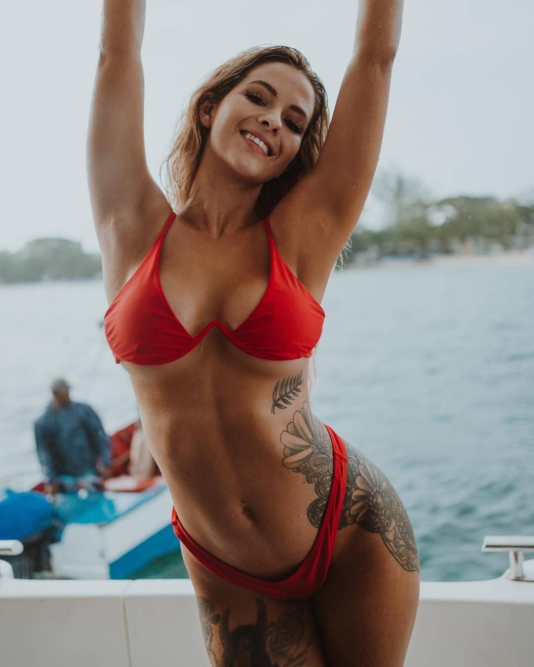 2019 Ashley Resch nude photos 2019